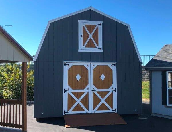 country barn display model