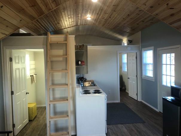 tiny-house-kitchen-2