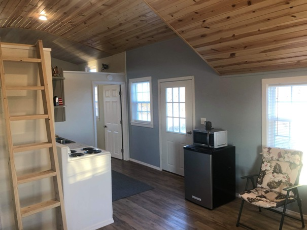 tiny-house-kitchen-5