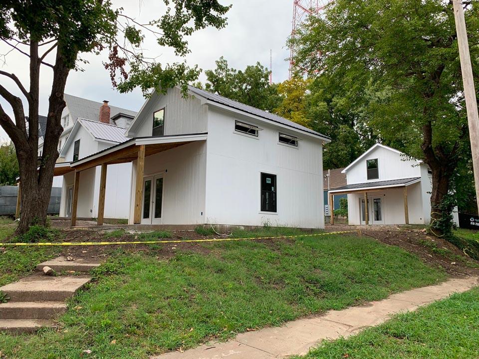 Miller's Deluxe Permanent Cabin - Classic Buildings